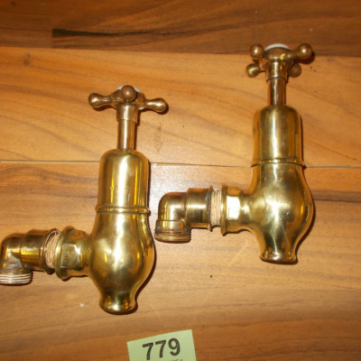 Brass Globe Bath Sink Taps 779